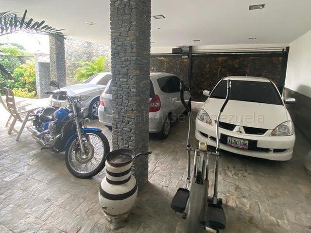 Casa Distrito Metropolitano>Caracas>Prados del Este - Venta:790.000 Precio Referencial - codigo: 21-10483