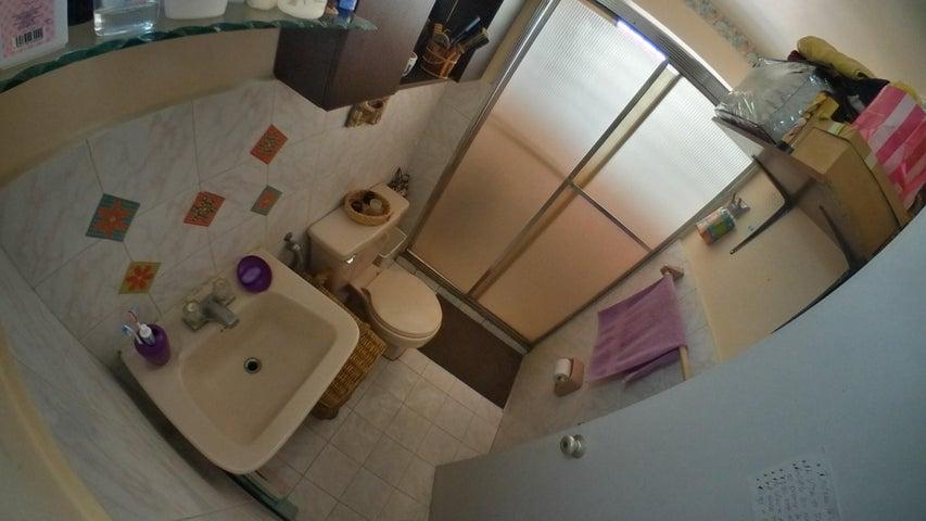 Apartamento Miranda>San Antonio de los Altos>Los Salias - Venta:27.500 Precio Referencial - codigo: 21-10624