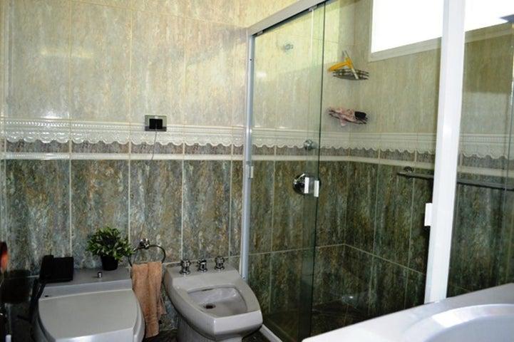 Casa Distrito Metropolitano>Caracas>Altamira - Venta:850.000 Precio Referencial - codigo: 21-10645