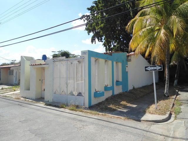 Casa Aragua>Cagua>Ciudad Jardin - Venta:8.499 Precio Referencial - codigo: 21-10867