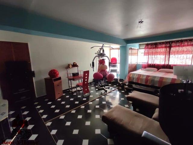 Apartamento Aragua>Maracay>Urbanizacion El Centro - Venta:40.000 Precio Referencial - codigo: 21-10878
