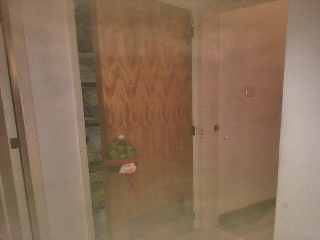 Apartamento Distrito Metropolitano>Caracas>Colinas de La California - Venta:65.000 Precio Referencial - codigo: 21-10897