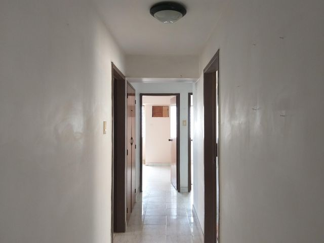 Apartamento Zulia>Maracaibo>Pueblo Nuevo - Venta:10.800 Precio Referencial - codigo: 21-10912
