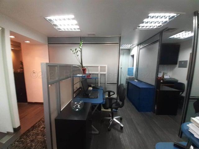 Oficina Distrito Metropolitano>Caracas>Chuao - Venta:140.000 Precio Referencial - codigo: 21-10924