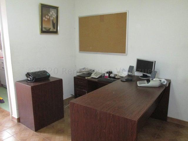 Apartamento Distrito Metropolitano>Caracas>Santa Monica - Venta:20.000 Precio Referencial - codigo: 21-10946