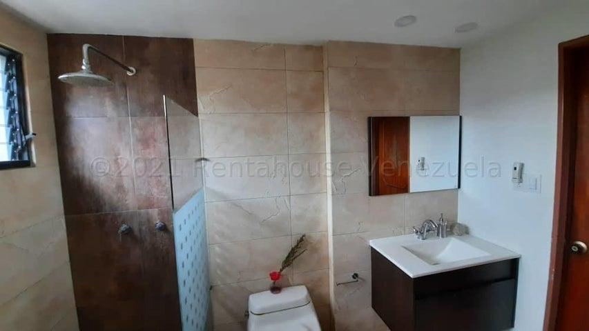 Apartamento Carabobo>Valencia>Valles de Camoruco - Alquiler:500 Precio Referencial - codigo: 21-10974