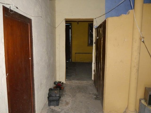 Terreno Lara>Barquisimeto>Centro - Venta:100.000 Precio Referencial - codigo: 21-10995