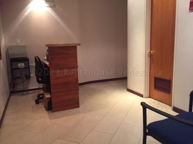Oficina Distrito Metropolitano>Caracas>El Rosal - Alquiler:1.250 Precio Referencial - codigo: 21-11135