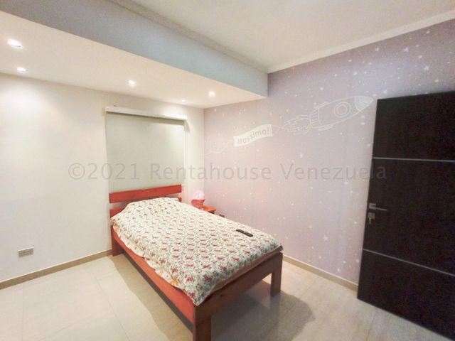 Apartamento Aragua>Maracay>Base Aragua - Venta:76.000 Precio Referencial - codigo: 21-11069
