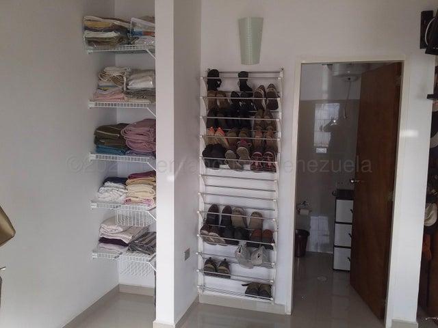 Casa Lara>Cabudare>Parroquia Jose Gregorio - Venta:35.000 Precio Referencial - codigo: 21-11960