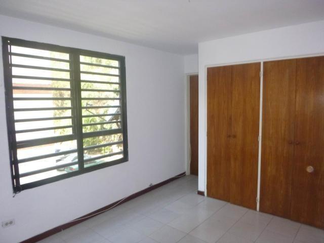 Apartamento Distrito Metropolitano>Caracas>El Cafetal - Venta:55.000 Precio Referencial - codigo: 21-11323