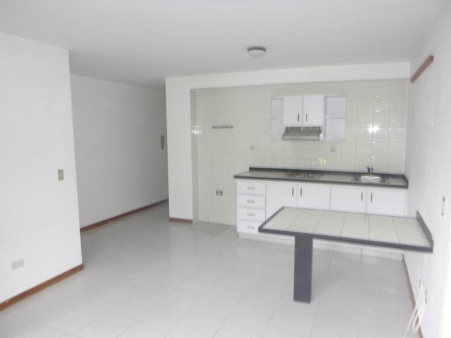 Apartamento Distrito Metropolitano>Caracas>El Cafetal - Venta:60.000 Precio Referencial - codigo: 21-11324