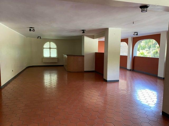 Apartamento Distrito Metropolitano>Caracas>Macaracuay - Venta:75.000 Precio Referencial - codigo: 21-11375