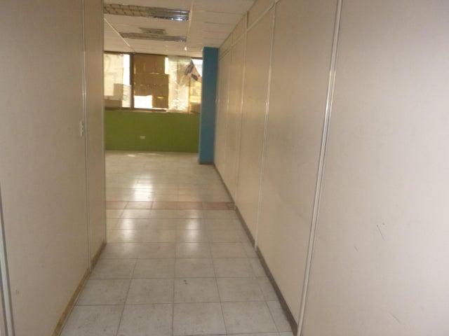 Oficina Distrito Metropolitano>Caracas>La Urbina - Alquiler:550 Precio Referencial - codigo: 21-11364