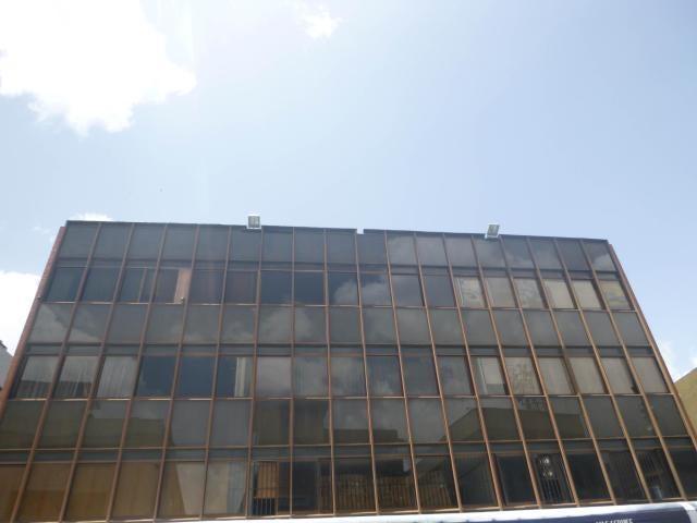 Oficina Distrito Metropolitano>Caracas>La Urbina - Alquiler:600 Precio Referencial - codigo: 21-11366