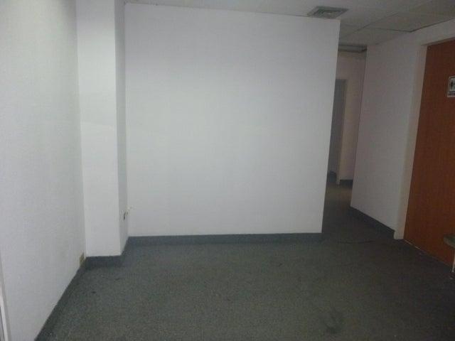 Oficina Distrito Metropolitano>Caracas>La Urbina - Alquiler:600 Precio Referencial - codigo: 21-11367
