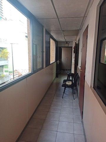Edificio Distrito Metropolitano>Caracas>Chacao - Venta:920.500 Precio Referencial - codigo: 21-11548