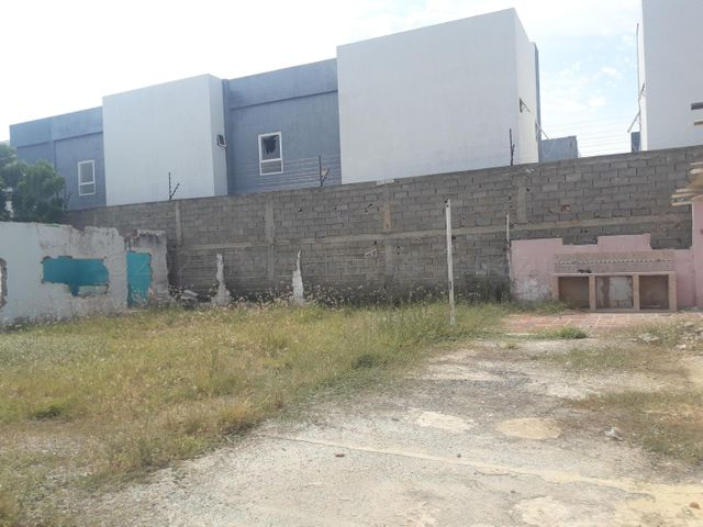 Casa Zulia>Cabimas>Cumana - Venta:25.000 Precio Referencial - codigo: 21-11727