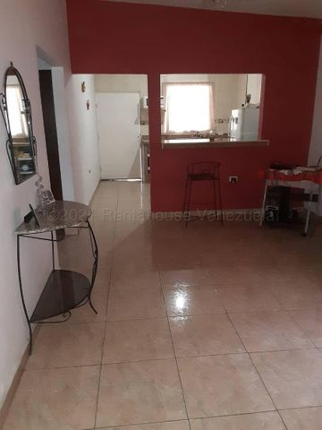 Casa Zulia>Maracaibo>Los Bucares - Venta:6.500 Precio Referencial - codigo: 21-11731