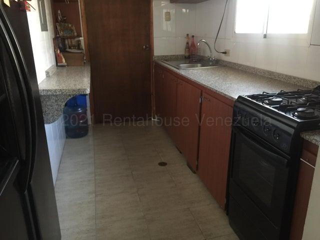 Casa Zulia>Municipio San Francisco>La Coromoto - Venta:42.000 Precio Referencial - codigo: 21-12212