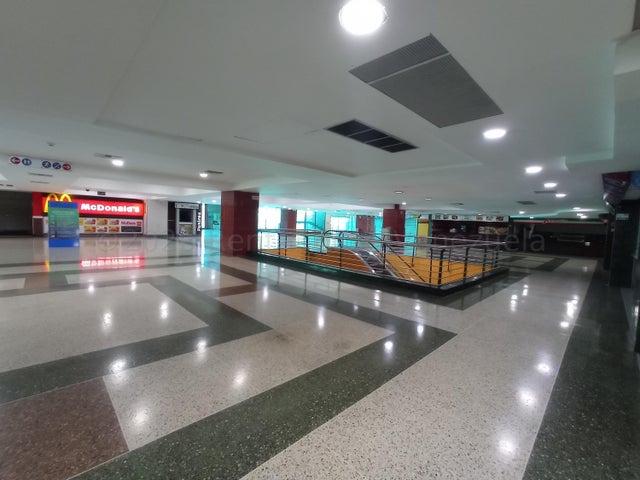 Local Comercial Aragua>Maracay>Las Delicias - Venta:50.000 Precio Referencial - codigo: 21-11796