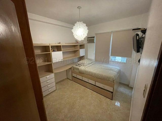Apartamento Distrito Metropolitano>Caracas>Las Acacias - Venta:69.500 Precio Referencial - codigo: 21-12195