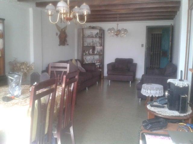 Apartamento Lara>Cabudare>La Mata - Venta:11.600 Precio Referencial - codigo: 21-12010