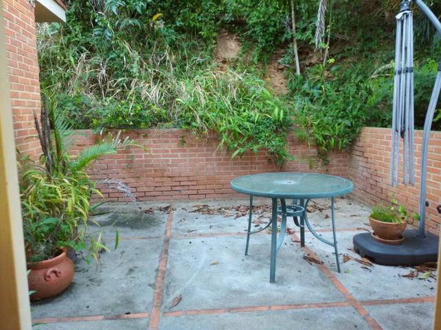 Casa Distrito Metropolitano>Caracas>San Luis - Venta:245.000 Precio Referencial - codigo: 21-12188
