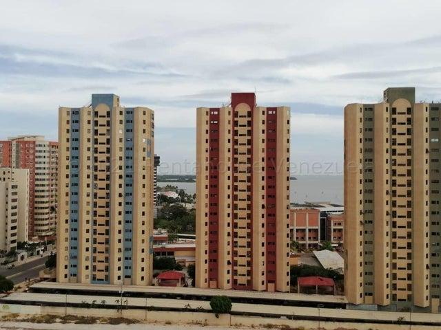 Apartamento Zulia>Maracaibo>Avenida El Milagro - Venta:29.999 Precio Referencial - codigo: 21-12155