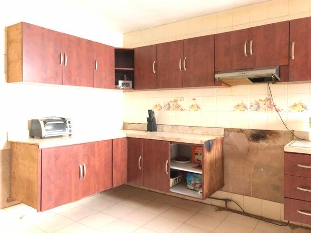 Apartamento Zulia>Cabimas>Buena Vista - Alquiler:150 Precio Referencial - codigo: 21-12161