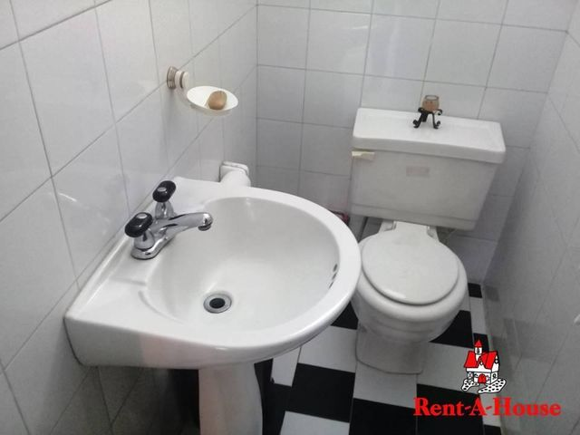 Casa Aragua>Maracay>El Castaño - Venta:75.000 Precio Referencial - codigo: 21-12152