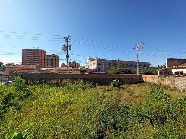 Terreno Zulia>Maracaibo>Santa Maria - Venta:130.000 Precio Referencial - codigo: 21-12153