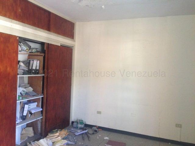Local Comercial Lara>Barquisimeto>Parroquia Catedral - Venta:150.000 Precio Referencial - codigo: 21-12156