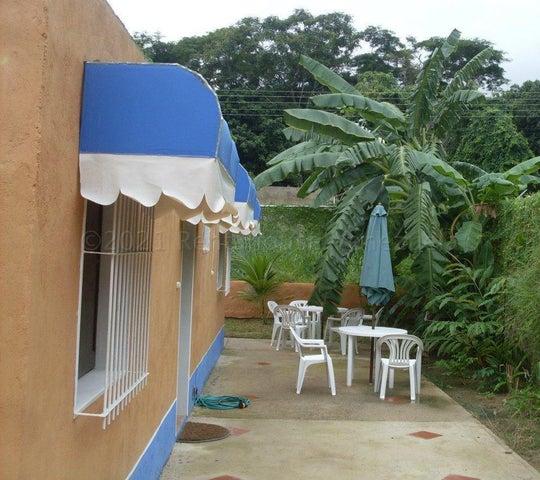 Casa Aragua>Choroni>Calle Principal - Venta:58.000 Precio Referencial - codigo: 21-12167