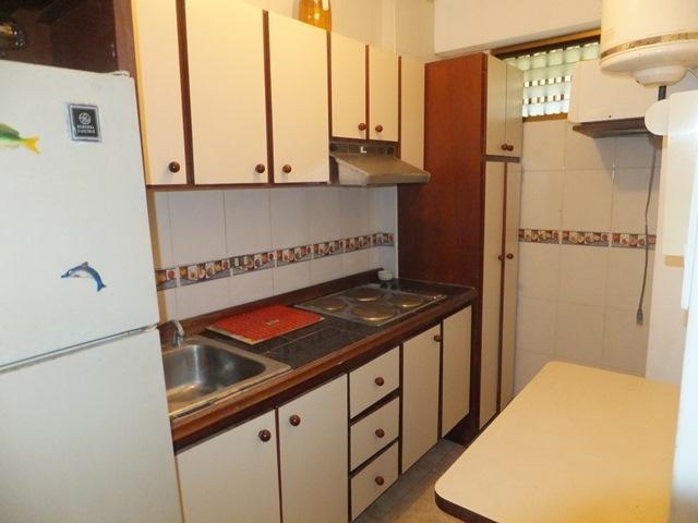 Apartamento Vargas>La Guaira>Macuto - Venta:33.000 Precio Referencial - codigo: 21-12170