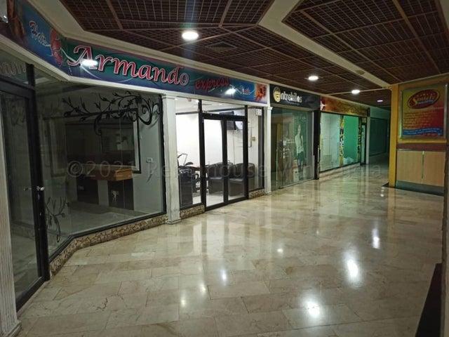 Local Comercial Zulia>Maracaibo>Fuerzas Armadas - Venta:13.000 Precio Referencial - codigo: 21-12166