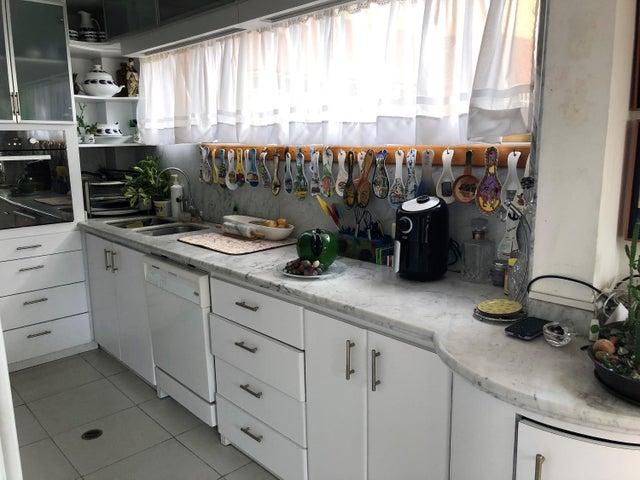 Apartamento Distrito Metropolitano>Caracas>El Cafetal - Venta:78.500 Precio Referencial - codigo: 21-12178