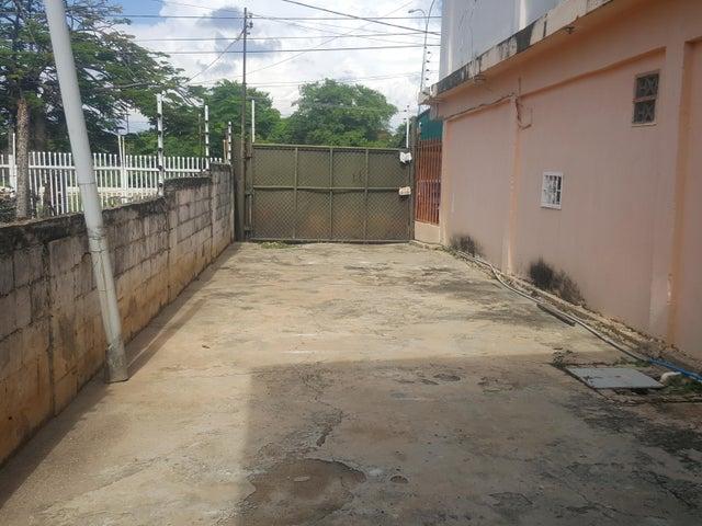 Galpon - Deposito Zulia>Ciudad Ojeda>Tia Juana - Alquiler:450 Precio Referencial - codigo: 21-12183
