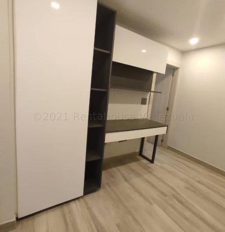 Apartamento Distrito Metropolitano>Caracas>La Lagunita Country Club - Venta:428.000 Precio Referencial - codigo: 21-12391