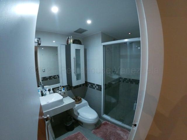 Apartamento Distrito Metropolitano>Caracas>El Rosal - Venta:147.000 Precio Referencial - codigo: 21-12238