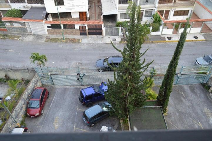 Apartamento Distrito Metropolitano>Caracas>La California Norte - Venta:45.000 Precio Referencial - codigo: 21-12245