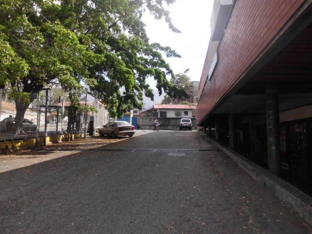 Local Comercial Miranda>Guatire>La Rosa - Venta:18.000 Precio Referencial - codigo: 21-12264