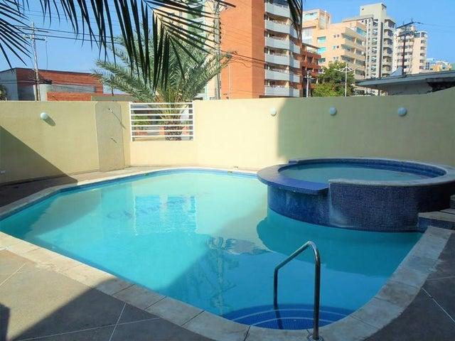 Apartamento Anzoategui>Lecheria>Av Bolivar - Venta:47.000 Precio Referencial - codigo: 21-12283