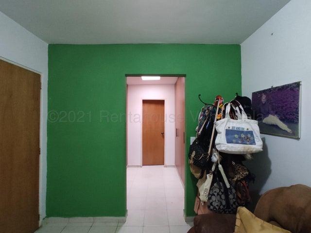 Casa Lara>Barquisimeto>Ciudad Roca - Venta:190.000 Precio Referencial - codigo: 21-12287