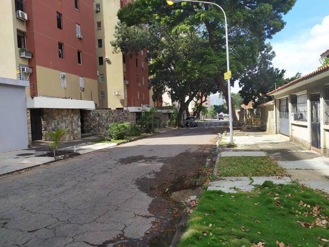 Apartamento Carabobo>Valencia>La Trigaleña - Venta:15.900 Precio Referencial - codigo: 21-12332
