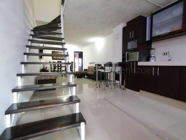 Apartamento Lara>Cabudare>Almarriera - Venta:18.000 Precio Referencial - codigo: 21-12350