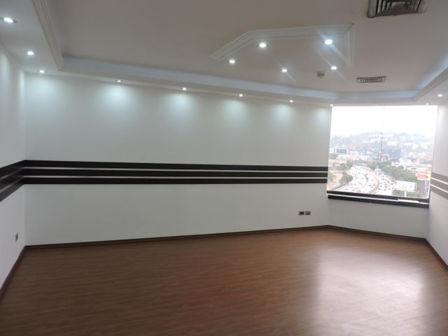 Oficina Distrito Metropolitano>Caracas>Bello Campo - Venta:230.000 Precio Referencial - codigo: 21-12479