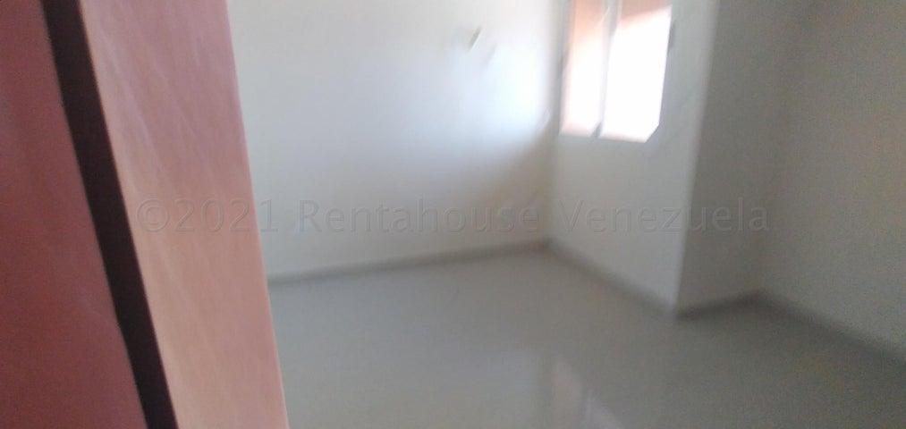 Apartamento Lara>Barquisimeto>Parroquia Concepcion - Venta:26.000 Precio Referencial - codigo: 21-12515
