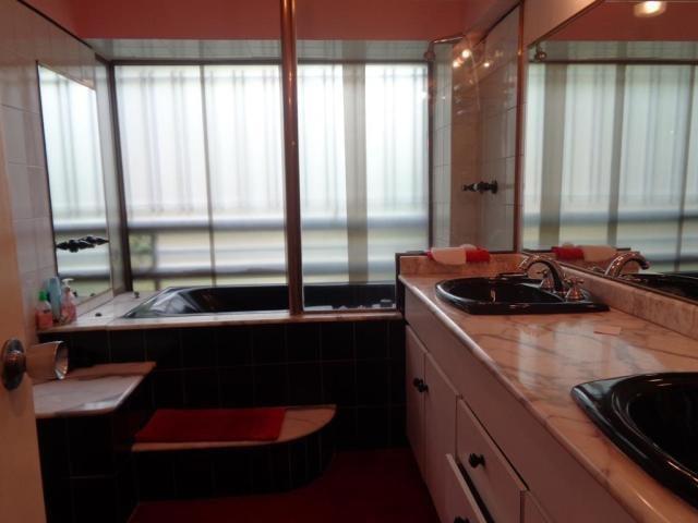 Apartamento Distrito Metropolitano>Caracas>El Rosal - Venta:140.000 Precio Referencial - codigo: 21-12541