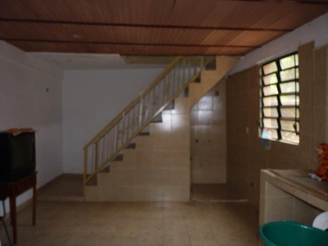 Casa Aragua>Maracay>El Limon - Venta:22.000 Precio Referencial - codigo: 21-12569